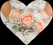 Braustrauß in den Händen der Braut